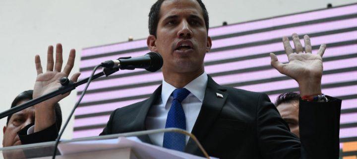 Inhabilitan a Juan Guaidó para el ejercicio de cargos públicos