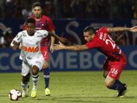 Cerro Porteño golea y accede al octavo de final