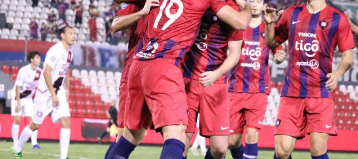 Cerro Porteño también goleó y se mantiene cerca de la punta