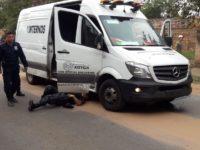 Tras tiroteos con policias rescatan a un narco en la costanera de Asunción