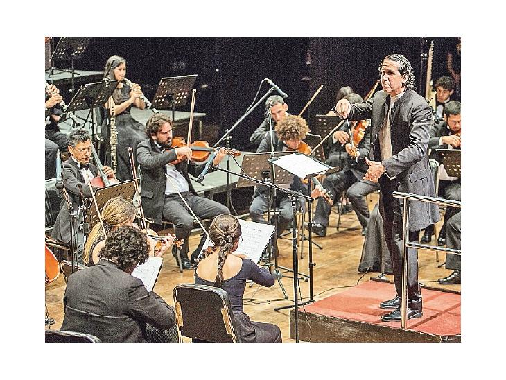 Obras del sinfonismo ruso y alemán suenan con la OSIC  dirigida por el maestro Diego Sánchez Haase