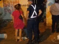 Hombre muere degollado en Sajonia: la esposa y la cuñada están detenidas