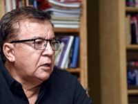 Denuncian salariazos en EBY para allegados de Nicanor