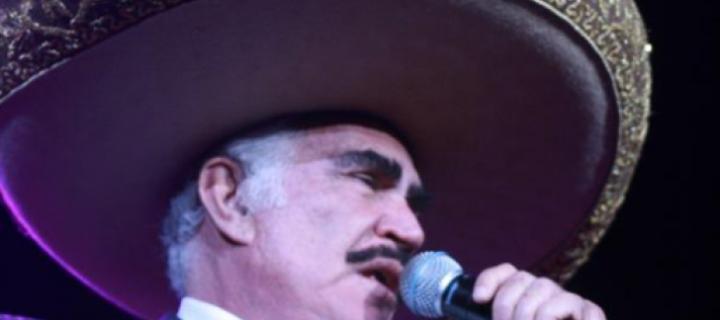 Vicente Fernández cumple 80 años con amor a sus raíces y a su público