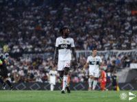Con o sin Copa Libertadores, Adebayor seguirá en Olimpia