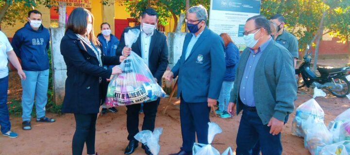 Gobernador del Guairá Dr. juan Carlos Vera Báez sigue con las entregas de kits de alimentos