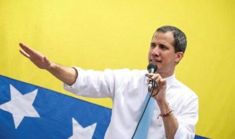 Guaidó denuncia que régimen de Maduro regala gasolina a Cuba en medio de la crisis