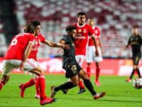 2-0. El Benfica gana y hace esperar al Oporto para ser campeón