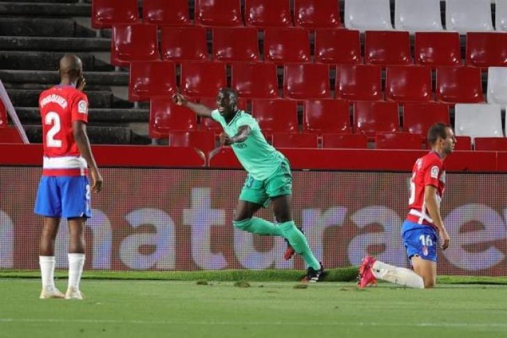 1-2. Darwin Machís marcó en la derrota del Granada ante el Real Madrid
