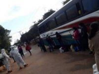 Paciente con Covid-19 abordó bus porque fue echada de su inquilinato