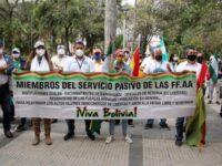 Militares bolivianos piden que Argentina deje de acoger a Evo Morales