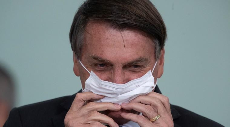 """""""Nadie puede obligar a otros a aplicarse la vacuna"""", dice Jair Bolsonaro"""