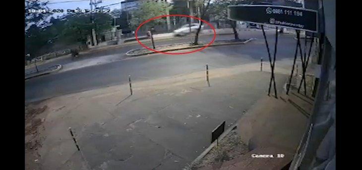 Juez ordena la prisión para conductora que arrolló y mató a una joven madre