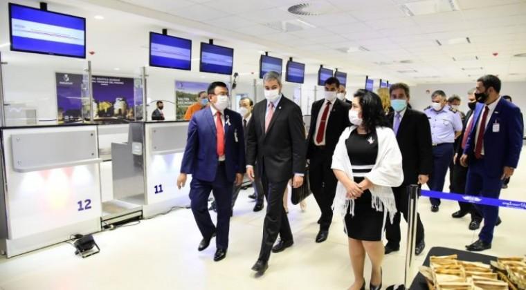 Arrancan vuelos comerciales: aerolíneas fijan frecuencias y agencias reprograman viajes