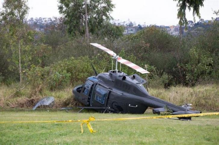 Un helicóptero militar se precipita en Quito sin dejar víctimas