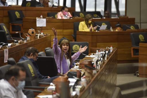 Algunos parlamentarios están estreñidos y están por explotar