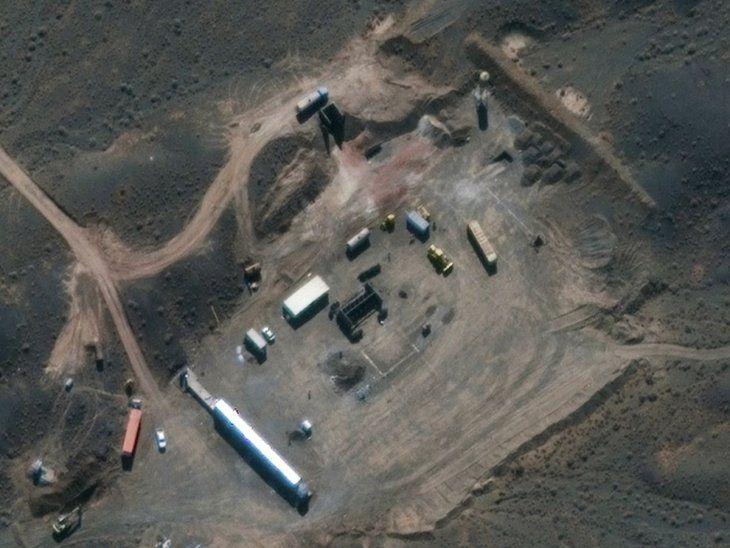 Irán introduce gas en centrifugadoras y viola pacto nuclear