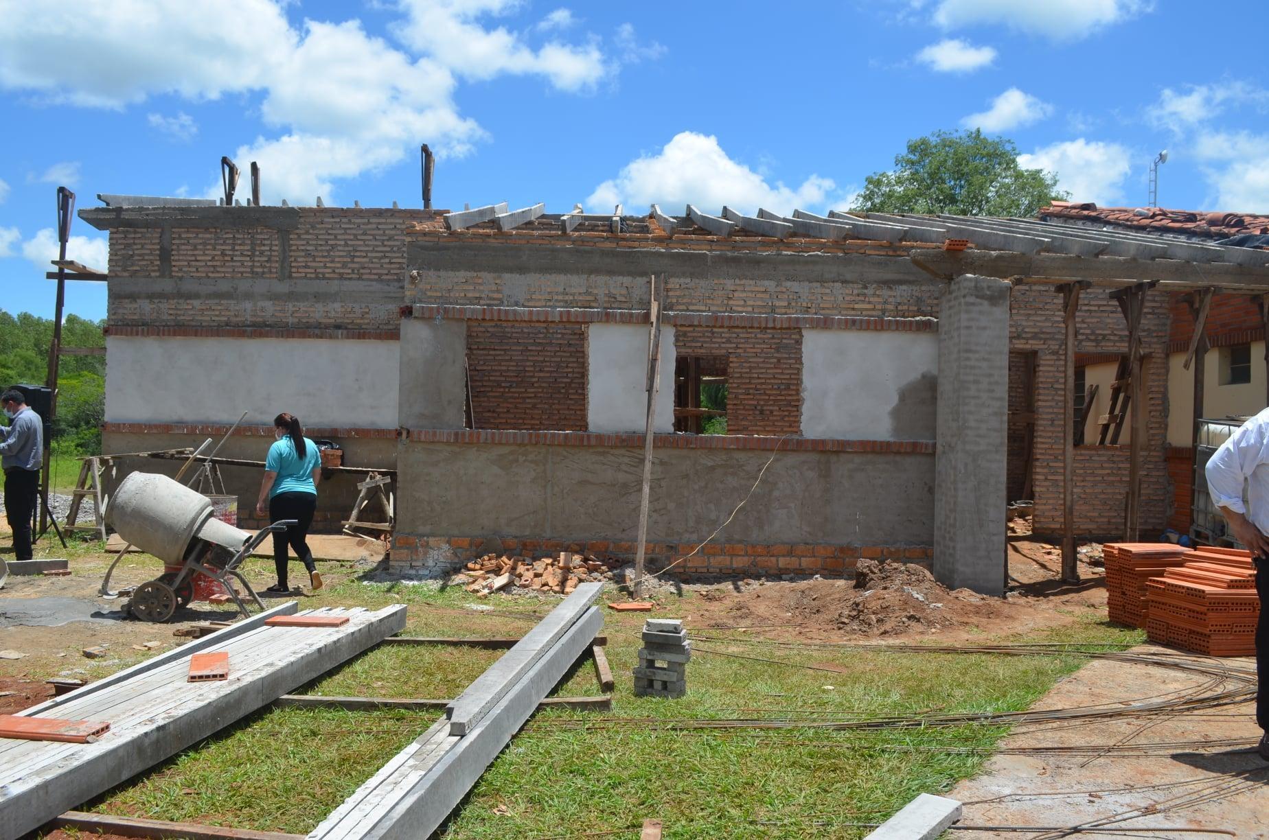 Se realizó la palada inicial de la construcción de Puesto USF en Ñumi