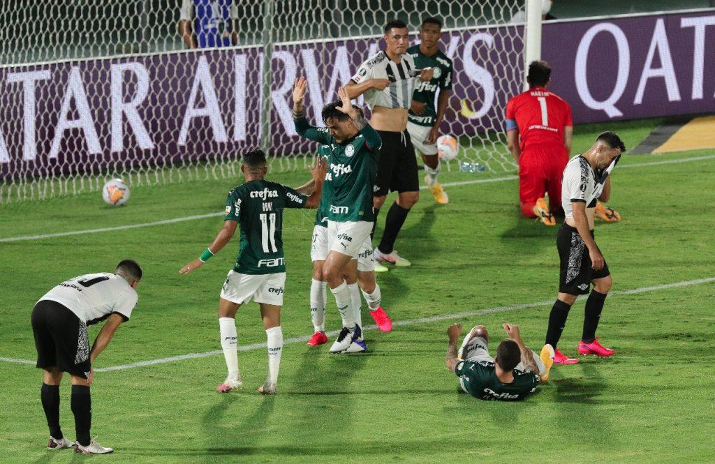 Gustavo Gómez es tendencia entre paraguayos y brasileños