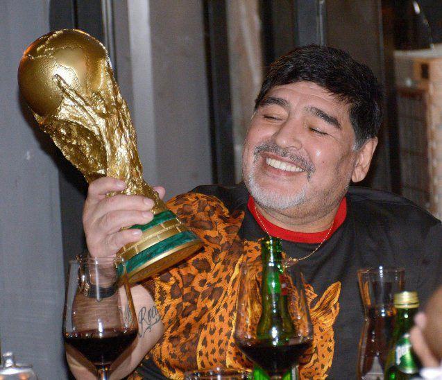 Diego Maradona «se podría haber salvado», afirma su antiguo médico