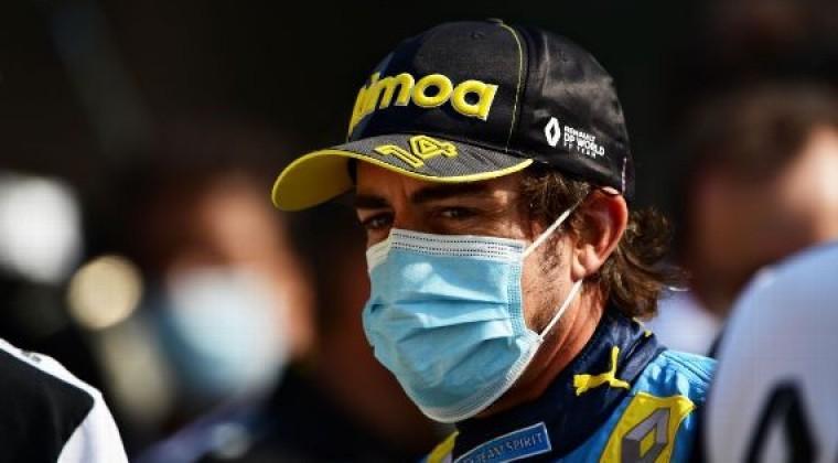 Se habla de fracturas tras accidente de Alonso