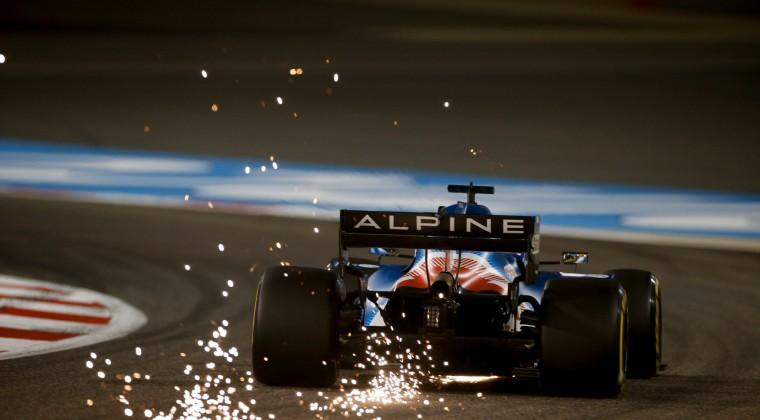 Alonso abandonó porque un papel de sándwich cayó en el conducto del freno