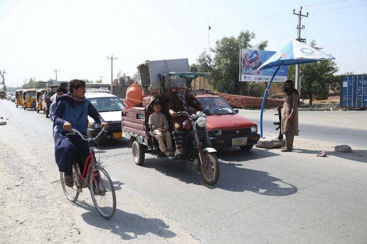 El jefe de la CIA se reunió en secreto en Kabul con el líder de los talibanes